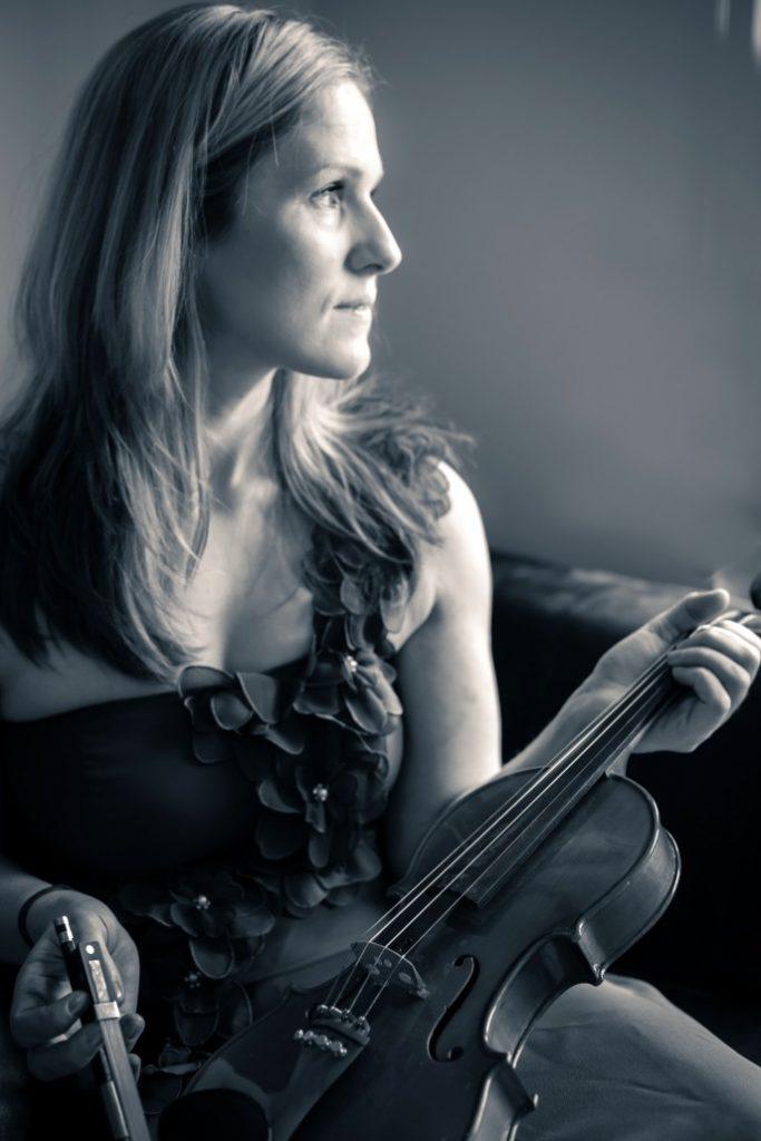 Portfolio Photography, Caroline The Violinist – Portfolio Photography
