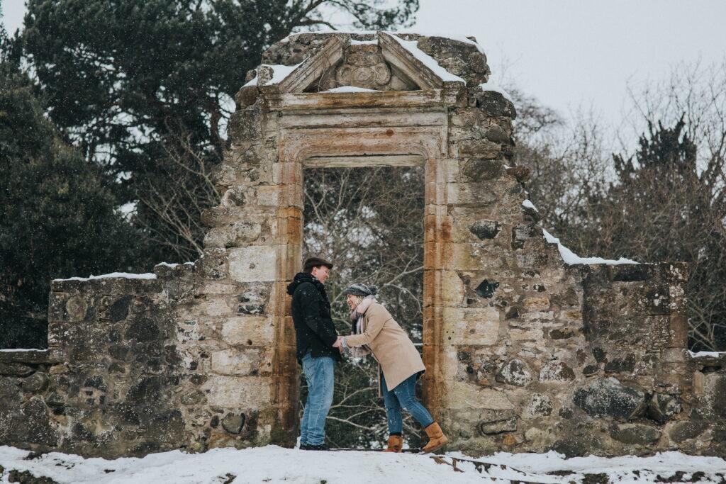 Pre-wedding session Cammo Estate, Jessica and Adam – Pre-wedding session Cammo Estate