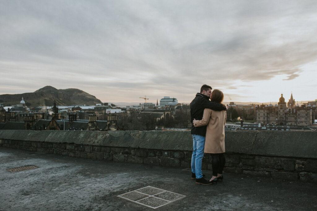 Royal Mile Edinburgh, Stacy and Leigham – Engagement sessions Royal Mile Edinburgh