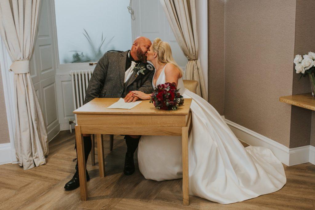 City Chambers and Howies Waterloo, City Chambers and Howies Waterloo – Ruth and Alec's Wedding Photography